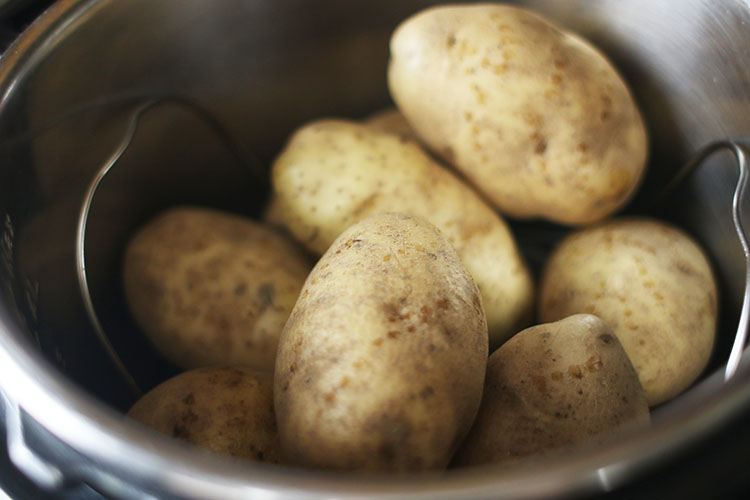 potatoes in Instant Pot for Instant Pot Baked Potatoes